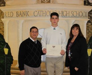 Sophomore Receives President's Volunteer Service Bronze Award